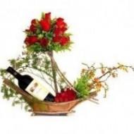 Cesta de Rosas y Vino