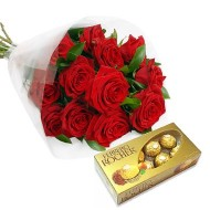 Doce rosas con chocolates